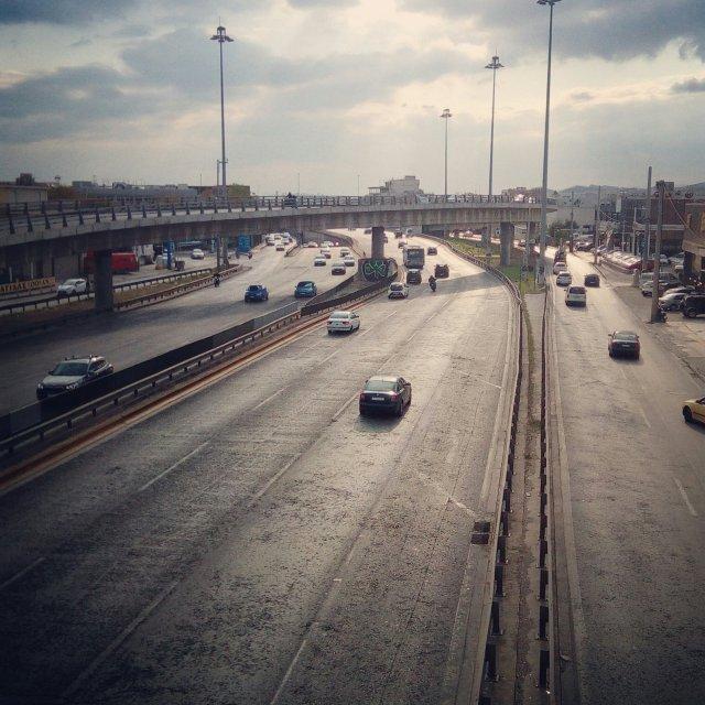 Η Εθνική οδός. The Athens highway.