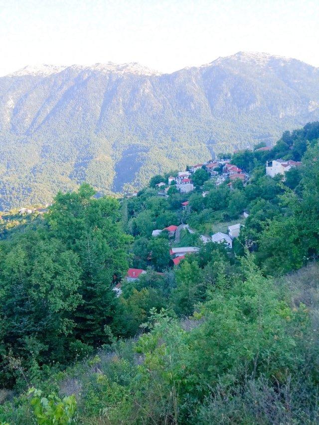 Η Καλοσκοπή Φωκίδας - Village in the mountains