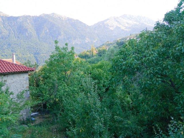 Θέα από την Καλοσκοπή Φωκίδας - View from the village in the mountains