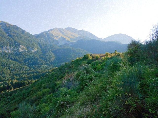 Τα βουνά της Γκιώνας (θέα από Καλοσκοπή) - Mountain landscape