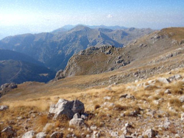 Η οροσειρά - The top of the mountains