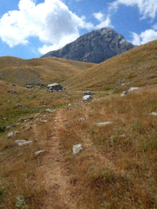 Ανάβαση προς την κορυφή της Γκιώνας (Πυραμίδα) - Climbing towards the top of the mountain (Pyramid)