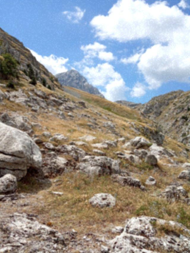 Ανάβαση προς την κορυφή της Γκιώνας - Climbing towards the top of the mountain