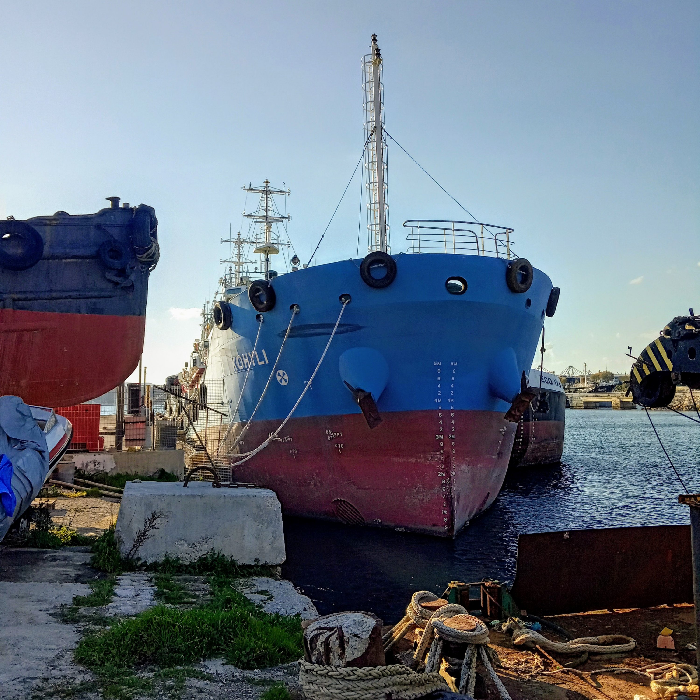 Ναυτικό τοπίο στην Δραπετσώνα