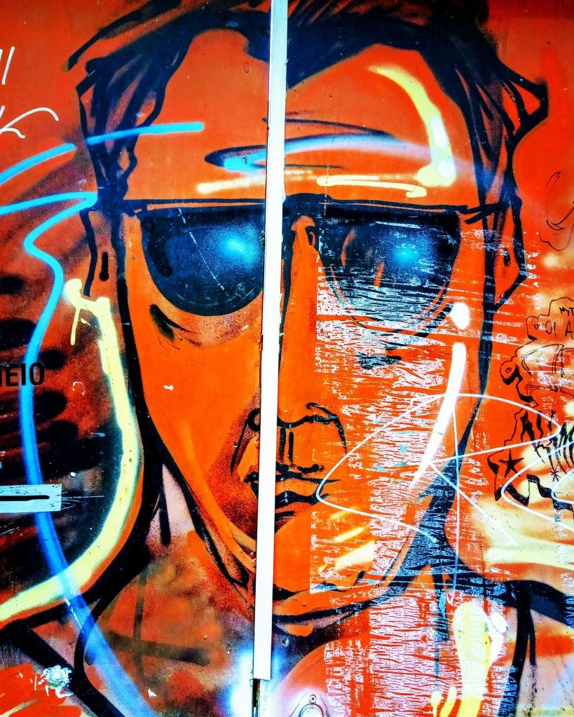 Πορτραίτο στον τοίχο - Portrait in the wall