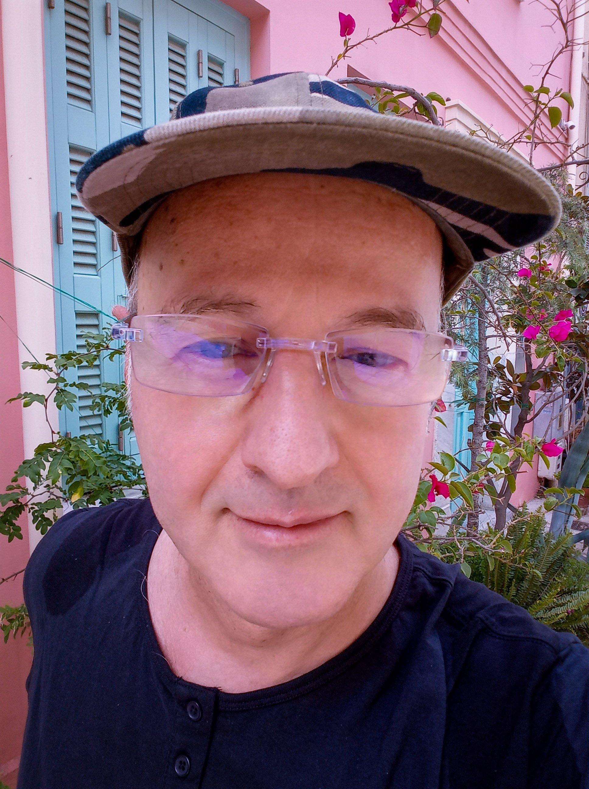 ΑΘΑΝΑΣΙΟΣ ΚΟΛΛΥΡΗΣ : Web Designer, UX Designer, Storyteller, Φωτογράφος